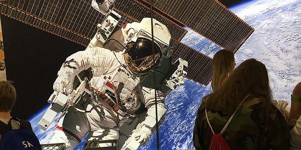 Foto: Ein Astronaut im Weltraum