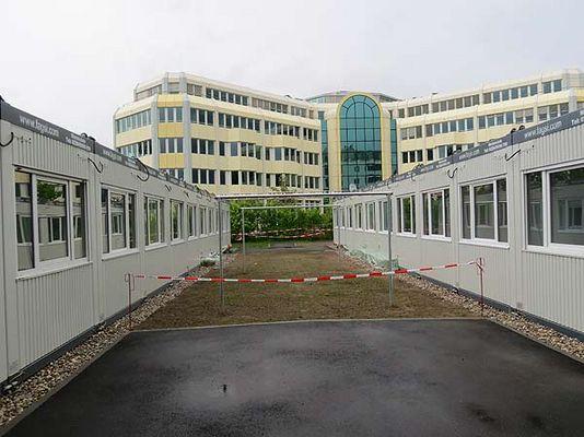 Foto: Asylbewerberunterkunft Aschheim von außen