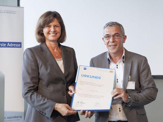 Foto: Wirtschaftsministerin Ilse Aigner mit Bozidar Petrak.