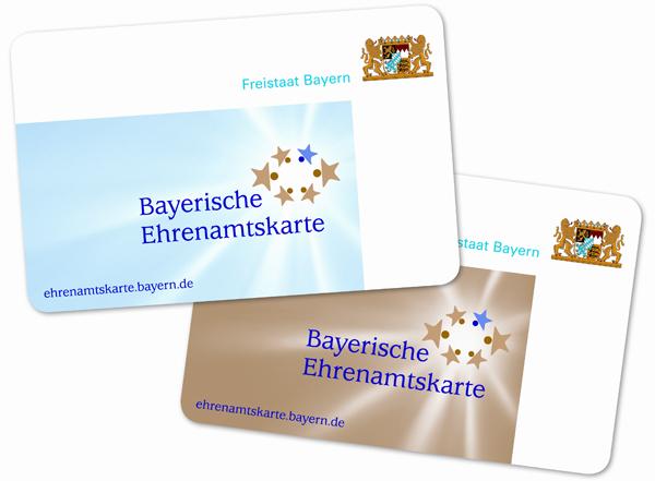 Foto: Eine zeitlich begrenzte und eine unbegrenzte Ehrenamtskarte