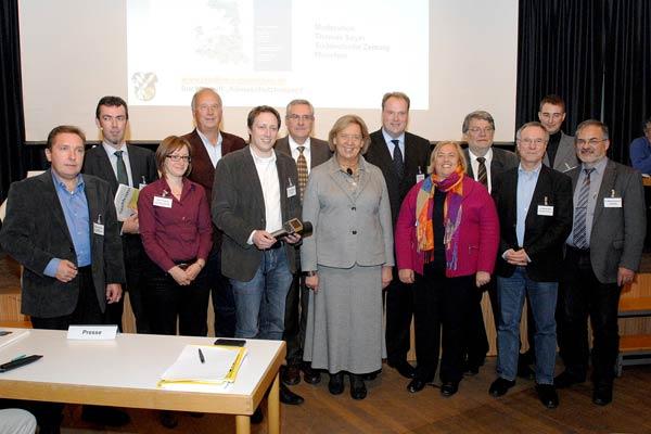 Foto: Referenten und Podiumsteilnehmer