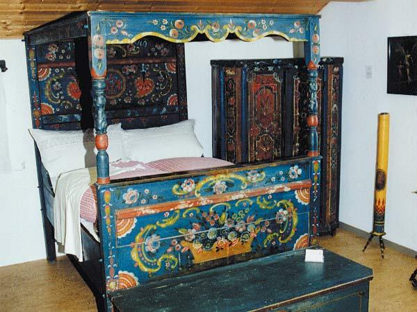 Foto: Hochzeitsbett Museum Baierbrunn