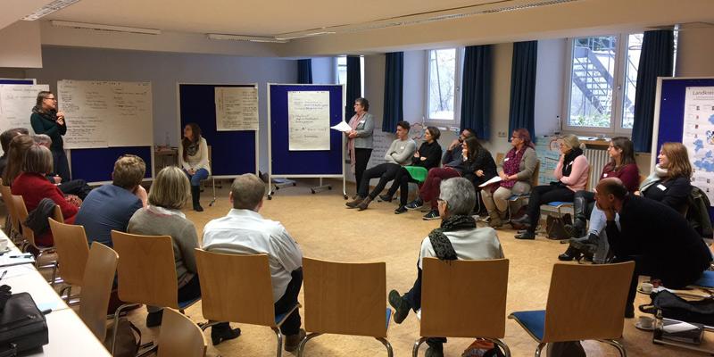Foto: Angeregte Diskussion beim Auftaktworkshop zur Erarbeitung eines Integrationskonzeptes für den Landkreis München