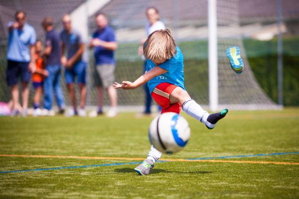 Foto: Motiv des Sonderpreises zeigt Junge, Teilnehmer an einer Mini-WM