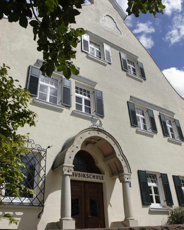 Foto: Eingang der Musikschule in Pullach
