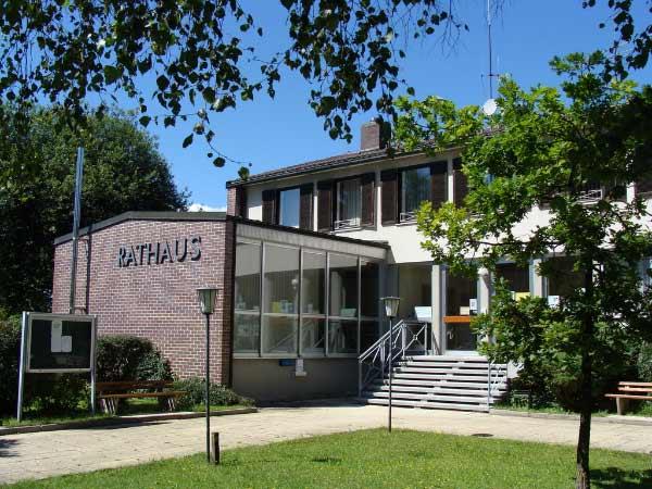 Foto: Rathaus Straßlach-Dingharting